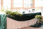 Декориране и аранжиранте на маса Младоженци