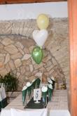 Сватба в маслено зелено