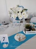 Ваза с цветя за маса гости