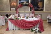 Официална маса и арка от ковано желязо