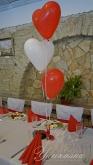 Украса на маса за гости с балони