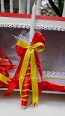 Украсена свещ за Кръщене в червено и жълто