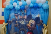 Място за снимки по тема Мики Маус