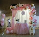 Украса за Рожден ден в розово и бяло