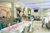 Украса на ресторант за Рожден ден в розово